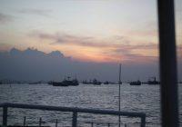 sunset di selat madura